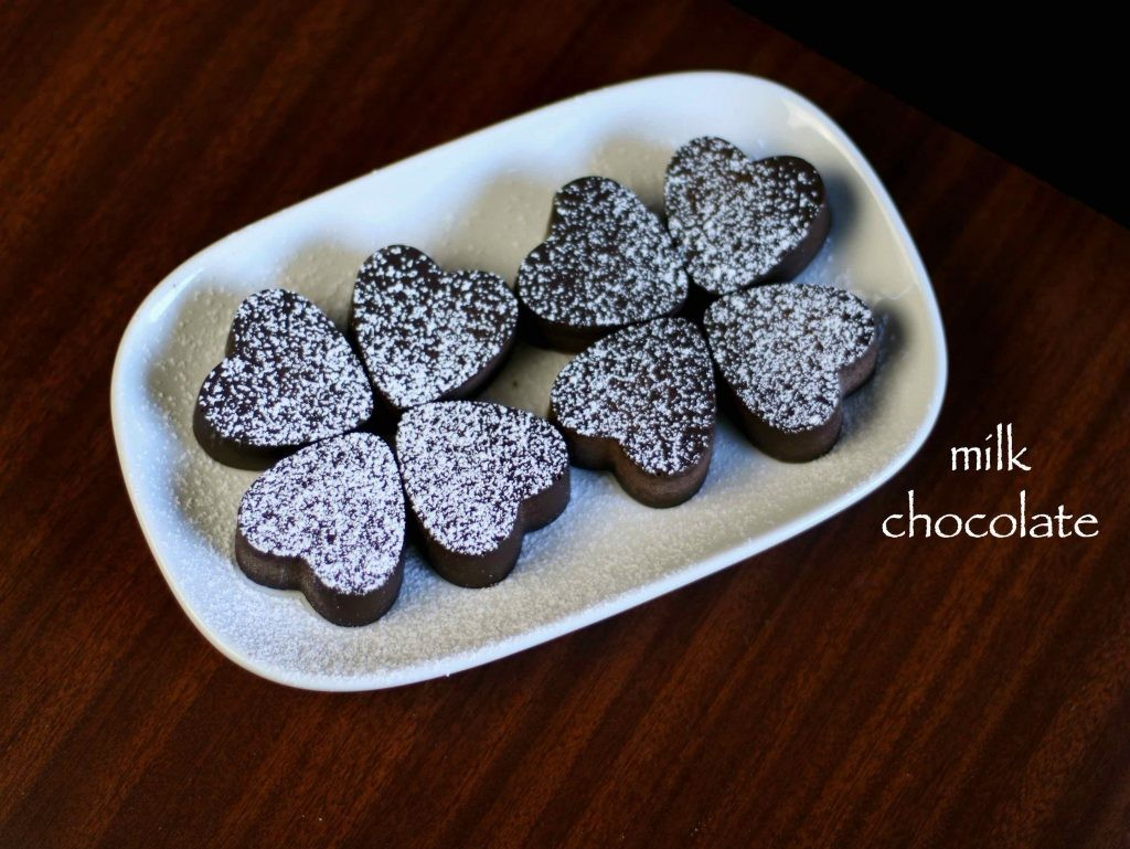 घर में चॉकलेट कैसे बनाये!! Homemade Chocolate Recipe In Hindi? Step-By-Step-Photo Step 27